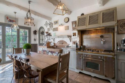Maison de luxe à vendre GRASSE, 230 m², 6 Chambres, 745000€