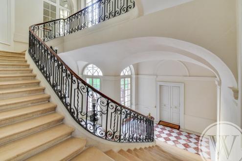 Appartamento di lusso in vendita PARIS 7E, 131 m², 3 Camere, 2950000€