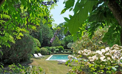 Luxury House for rent SAINT REMY DE PROVENCE, 160 m², 3 Bedrooms,
