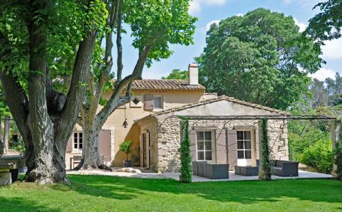 Luxury House for rent SAINT REMY DE PROVENCE, 400 m², 8 Bedrooms