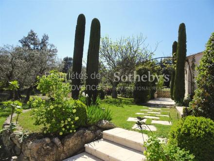 Luxury House for sale EYGALIERES, 300 m², 5 Bedrooms, € 3 450 000