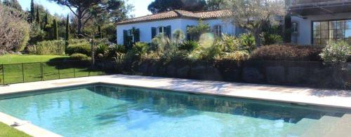 Luxury House for rent RAMATUELLE, 290 m², 5 Bedrooms,