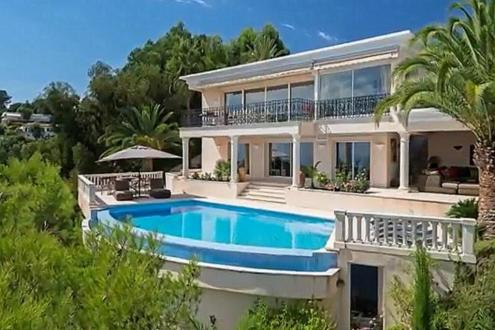 Maison de luxe à louer CANNES, 240 m², 5 Chambres