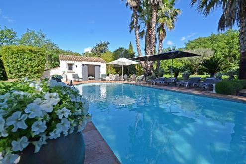 Villa de luxe à vendre GRIMAUD, 300 m², 5 Chambres