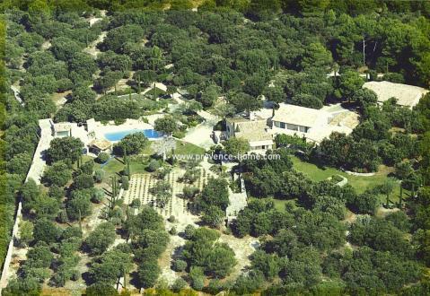Luxus-Liegenschaft zu verkaufen GORDES, 248 m², 4 Schlafzimmer, 1650000€