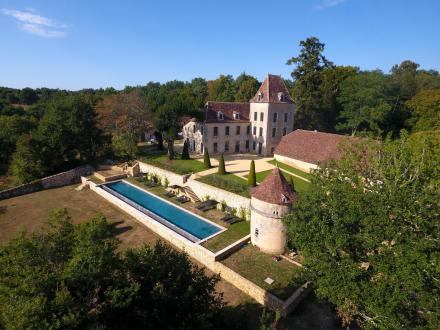 Luxury Castle for rent DORDOGNE, 500 m²,