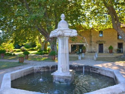 Luxury House for sale ARLES, 430 m², 6 Bedrooms, €2180000