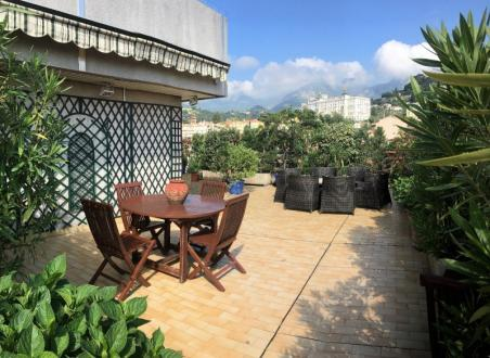 Appartement de luxe à vendre MENTON, 103 m², 3 Chambres