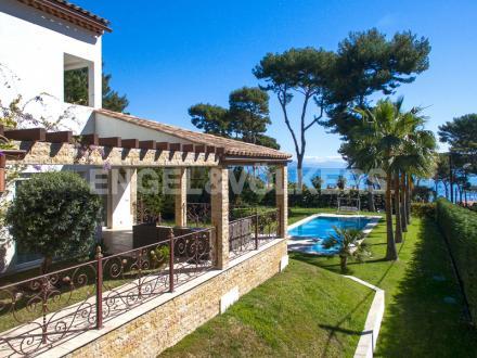 Villa de luxe à vendre CAP D'ANTIBES, 198 m², 4 Chambres