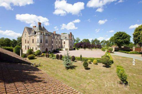 Luxury Castle for sale LEGE, 800 m², 22 Bedrooms, €3710000
