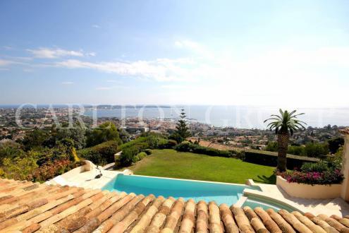 Luxus-Villa zu verkaufen LE GOLFE JUAN, 378 m², 6 Schlafzimmer, 3500000€