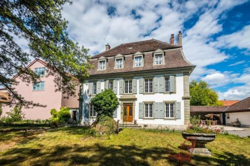 Luxury House for rent Orbe, 408 m²