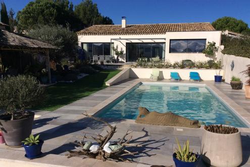Luxury House for rent SAINT REMY DE PROVENCE, 150 m², 3 Bedrooms,