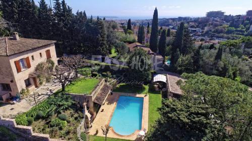 Luxe Villa te koop MOUGINS, 230 m², 4 Slaapkamers