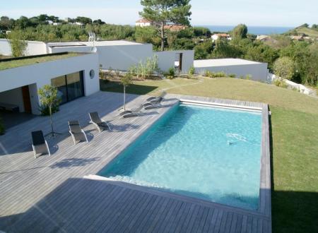 Maison de luxe à louer SAINT JEAN DE LUZ, 450 m², 6 Chambres