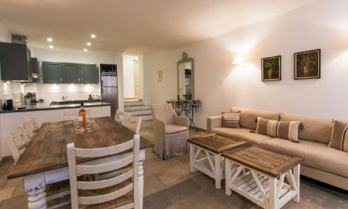 Luxury House for rent CANNES, 70 m², 2 Bedrooms,