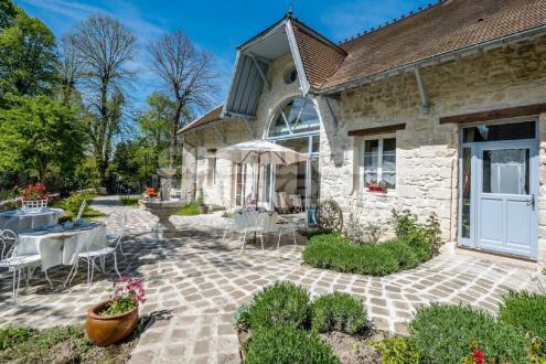 Maison de luxe à vendre NOINTEL, 440 m², 7 Chambres
