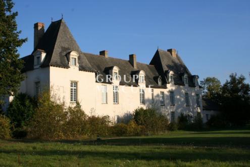 Luxus-Schloss / Herrenhaus zu verkaufen RENNES, 1200 m², 10 Schlafzimmer