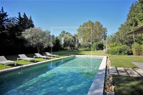 Maison de luxe à louer SAINT REMY DE PROVENCE, 420 m², 6 Chambres