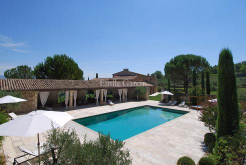 Luxury House for rent GOULT, 1000 m², 12 Bedrooms,