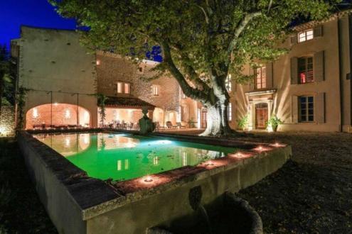 Maison de luxe à louer LOURMARIN, 12 Chambres