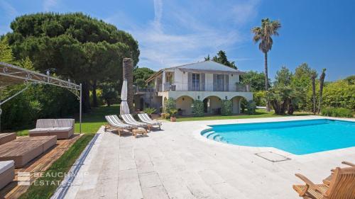 Maison de luxe à louer RAMATUELLE, 200 m², 5 Chambres