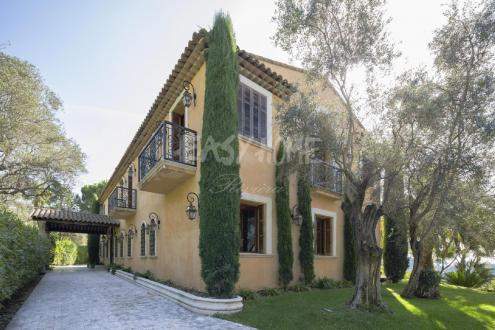 Luxus-Villa zu verkaufen MOUGINS, 320 m², 4 Schlafzimmer, 3400000€