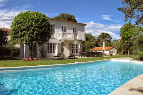 Maison de luxe à louer CAP D'ANTIBES, 200 m², 5 Chambres