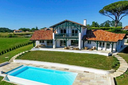 Luxe Huis te koop ARCANGUES, 292 m², 5 Slaapkamers, 1950000€