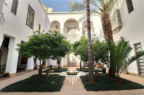 Maison de luxe à vendre SOUS MASSA DRAA, 600 m², 9 Chambres