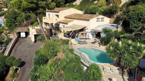 Villa de luxe à vendre VALLAURIS, 300 m², 4 Chambres