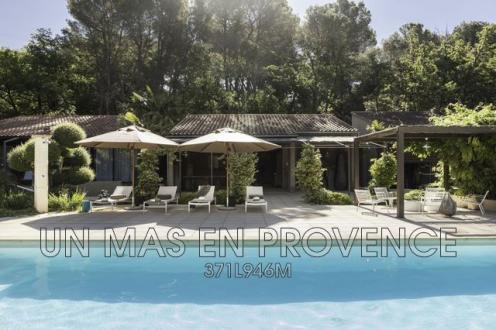 Casa di lusso in affito PERNES LES FONTAINES, 400 m², 6 Camere,