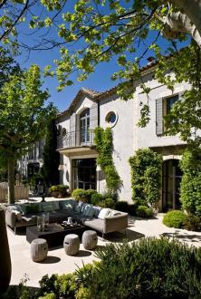 Maison de luxe à louer SAINT REMY DE PROVENCE, 500 m², 10 Chambres