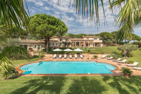Luxury House for rent SAINT TROPEZ, 400 m², 8 Bedrooms,