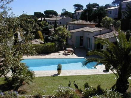 Maison de luxe à louer SAINTE MAXIME, 160 m², 4 Chambres,