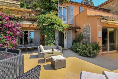 Villa de luxe à vendre THEOULE SUR MER, 153 m², 4 Chambres, 1290000€