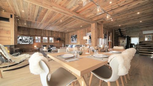Chalet de luxe à louer MEGEVE, 180 m², 4 Chambres,