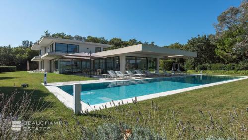 Maison de luxe à louer RAMATUELLE, 650 m², 8 Chambres