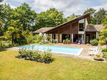 Villa de luxe à vendre SAINT PAUL LES DAX, 360 m², 5 Chambres, 710200€