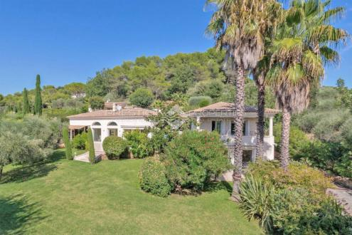 Villa de luxe à vendre MOUGINS, 270 m², 5 Chambres