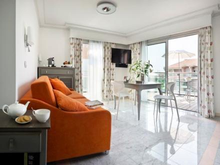 Luxury Apartment for rent FREJUS, 45 m², 2 Bedrooms,