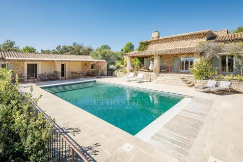 Maison de luxe à louer JOUCAS, 470 m², 7 Chambres