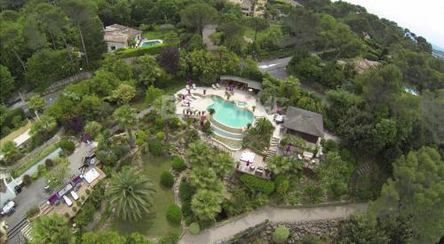 Maison de luxe à vendre MOUGINS, 350 m², 5 Chambres
