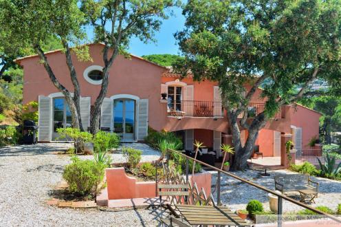 Luxury Property for sale LA CROIX VALMER, 400 m², 8 Bedrooms, €3600000
