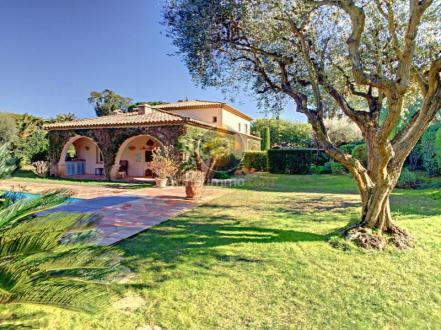 Casa di lusso in vendita SAINT TROPEZ, 265 m², 5 Camere, 4950000€