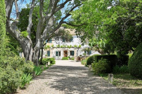 Casa di lusso in affito LES BAUX DE PROVENCE, 550 m², 8 Camere,