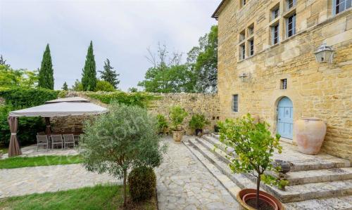 Luxus-Schloss / Herrenhaus zu verkaufen UZES, 500 m², 10 Schlafzimmer