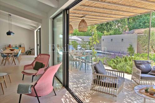 Maison de luxe à louer SAINT REMY DE PROVENCE, 160 m², 4 Chambres