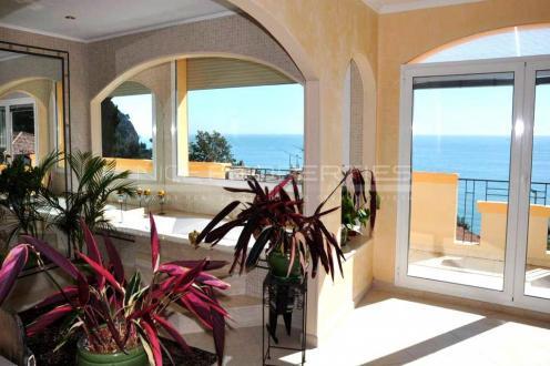 Дом класса люкс на продажу  Эз, 170 м², 3 Спальни, 1490000€