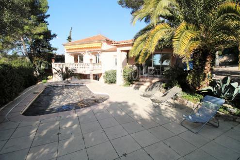 Villa de luxe à vendre MOUGINS, 164 m², 4 Chambres